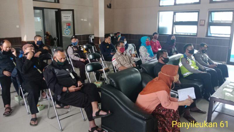 Kapolsek Panyileukan Hadiri Rakor PKM (Pemberi Keluarga Manfaat) di Aula Kec. Cibiru