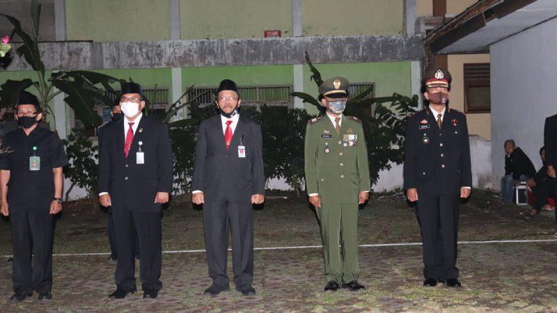 Upacara Kehormatan Dan Renungan Suci Kodim 0709/Kebumen