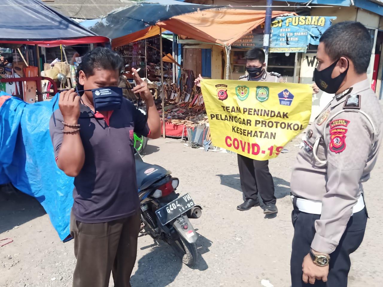 Kegiatan Ops Yustisi Gaktibplin Protokol Kesehatan Covid-19 Inpres No 6 Tahun 2020 di Daerah Hukum Polsek Pusakanagara Polres Subang