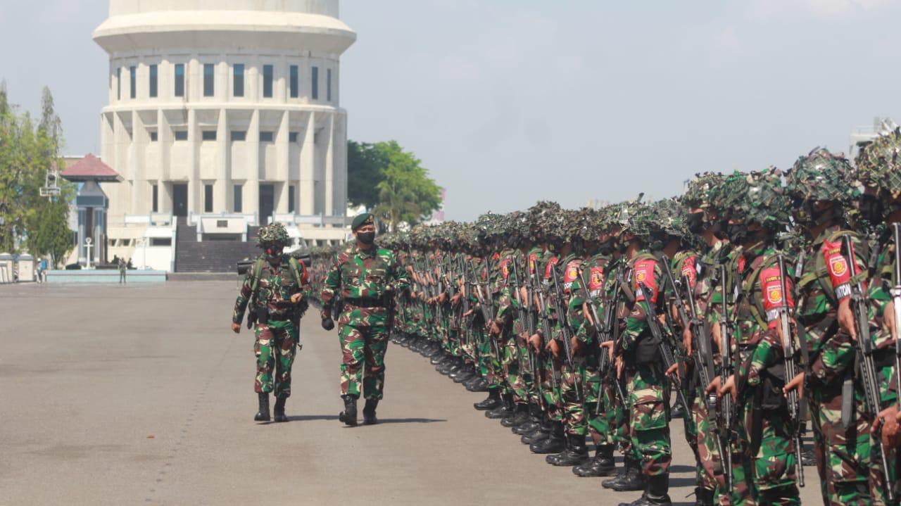 Prajurit TNI AD Bergerak ke Pulau Sumatera untuk Menghancurkan Pasukan Negara Agresor