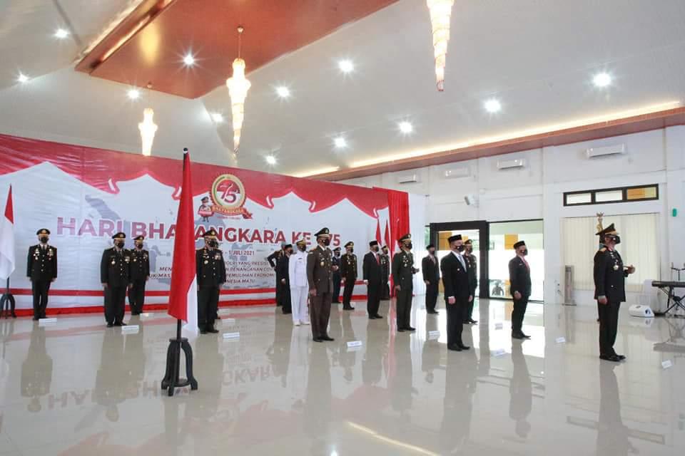 Ketua DPRD Kep. Babel Ikuti Upacara Peringatan HUT Bhayangkara Ke-75